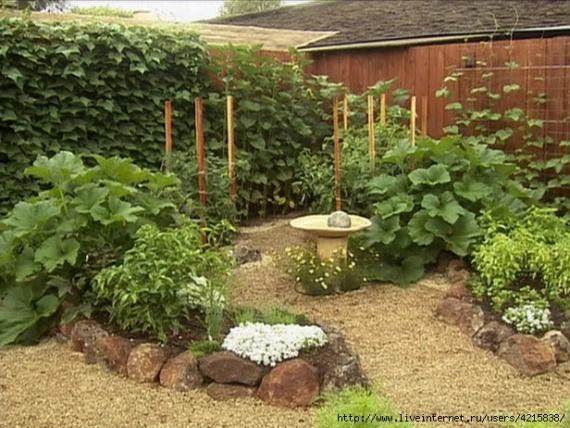 Красивый способ украшения сада