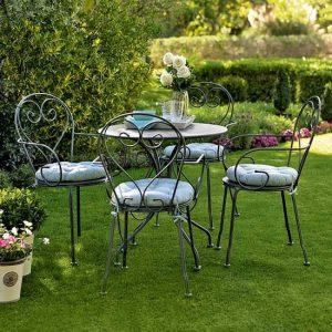 Как выбрать садовую мебель для дачи?