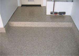 Современный способ защиты бетонного основания—полимерные покрытия для бетона.