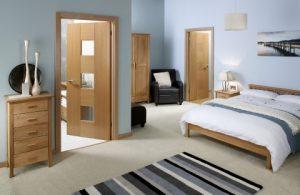 Из какого материала выбрать межкомнатные двери?