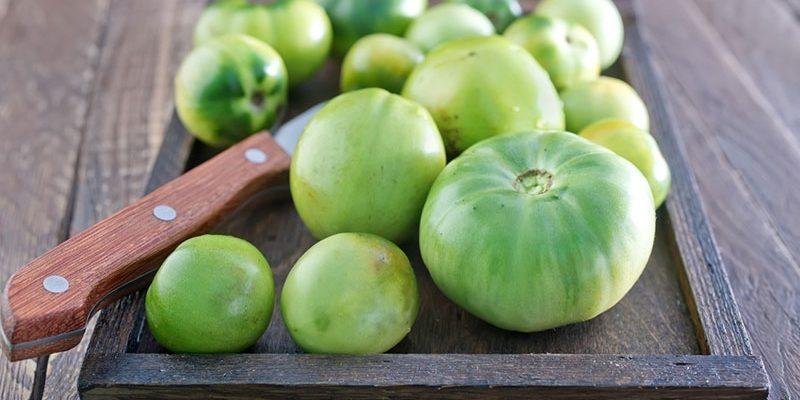 Как засолить зелёные помидоры на зиму: рецепты