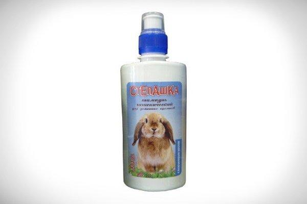 Нужно ли купать кролика и как это делать?