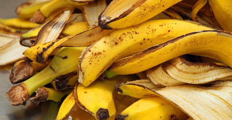 Подкормка для цветов и удобрения для растений из банановой кожуры