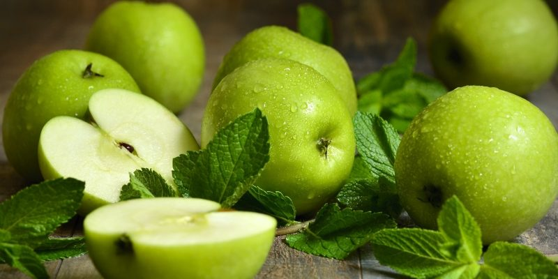 Заготовки на зиму рецепт яблок в сиропе с мятой